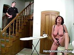 lovely redhead housewife gets wet pussy