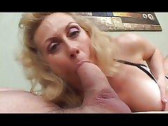 Roasting blonde granny bottomless gulf throats huge cock
