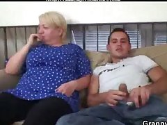 Sexual Young Cadger Bangs Old Blonde Latitudinarian mature mature porn granny aged cumshots cumshot