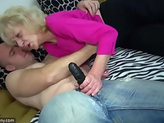 Aged heavy Granny in the bed has sex helter-skelter horny man