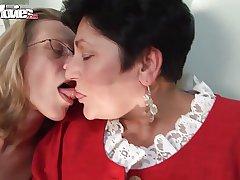FUN Small screen Horny Granny Lesbians