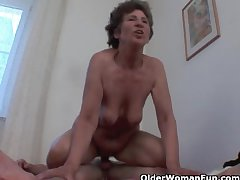 Lecherous granny gets her hairy asshole fucked