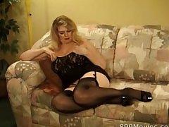 61yo momma rubs pussy