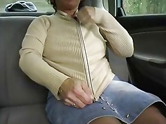 Redhead-BBW-Granny Outdoors apropos a Car by 2 Guys