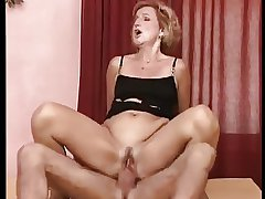 German Granny Laura Gets Pounded Widely Anal Refresh