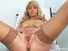 Mature Jirina Almost Her Legs Unclosed On Gyno Stool