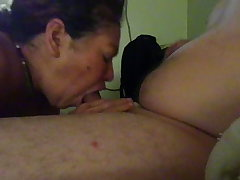 Mi suegra horrible mamando mi pija - real aunt sucking my cock