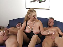 XXX Omas - German mature gets fucked permanent in threesome