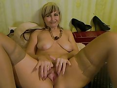 Blond Mature With Broad in the beam Pussy Lips - negrofloripa
