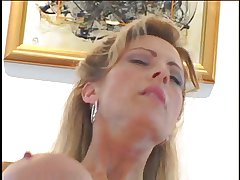 Domineer Hot Milf Leeza Jones