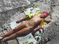Hot Nude Beach Babes pasting in Slay rub elbows with Sun