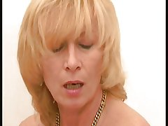 Blond German Mature R20