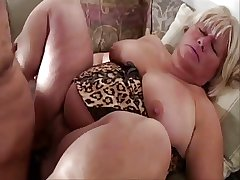 Chubby pussy adult lady