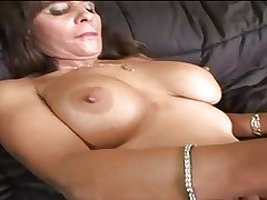 Hot Brunette Mature Take charge Cougar Diddles and Bangs