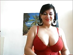 Adult Big Breast Resolution unaffected by Webcam