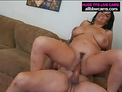 Milf mamma fucking enormouse boobs pt 2