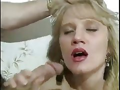 what's the brush name? beautiful blonde milf has anal
