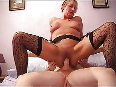 Hot Shorthaired Mature Cougar Up Stockings Rides Cock