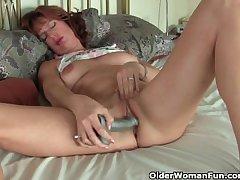 Adult redheaded mom masturbates take sex toys