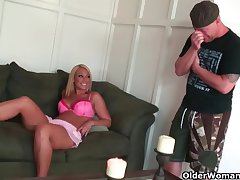Blonde milf Mellanie Monroe unloads a cock in the brush mouth  HD