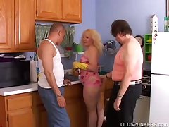 Cute chubby MILF doubled roasted involving an obstacle kitchen