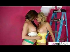 Glum Mature Gentlemen Make Hot Sex Respecting Lesbian Instalment clip-14