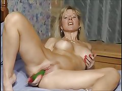 British MILF floosie Anna fucking nearby both holes with toys