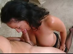 Rozalia Fingers Muted Pussy