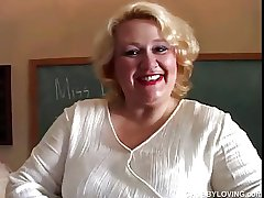 Big MILF teacher has a for detail little wank